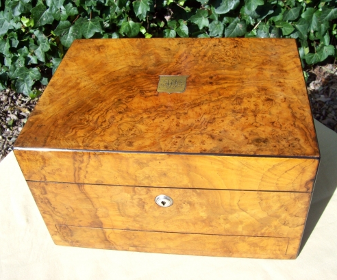 A Victorian Burr Walnut Vanity Box