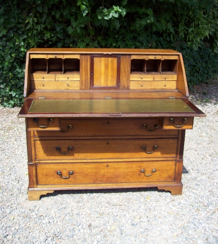 George III Oak Bureau -SOLD-