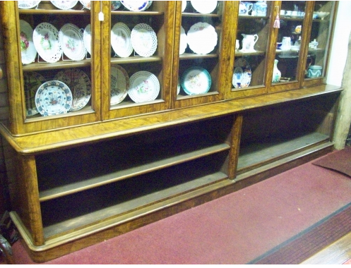 CFA 2639 - A Superb 19th Century Walnut Bookcase
