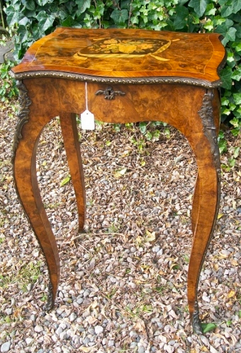 A Victorian/Edwardian Burr Walnut Sewing Table