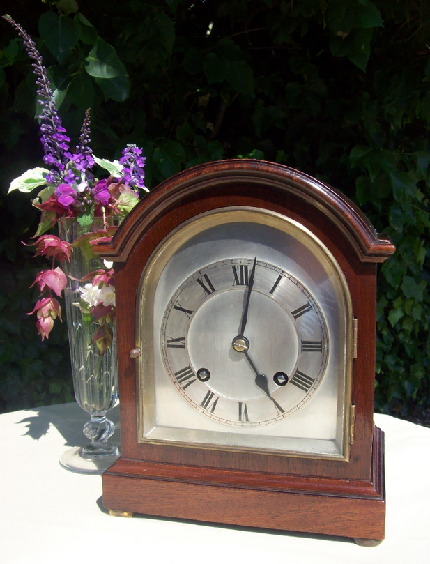 An 8 Day Mahogany Mantle Clock - SOLD -