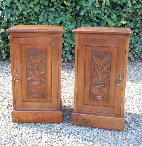 A Pair of Walnut Bedside Cabinets -SOLD-