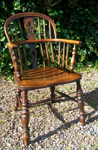Early Low Back Windsor Chair -SOLD-