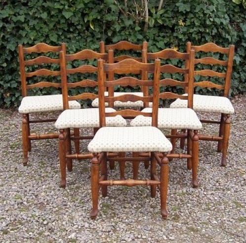 Set of 6 Oak Chairs -SOLD-