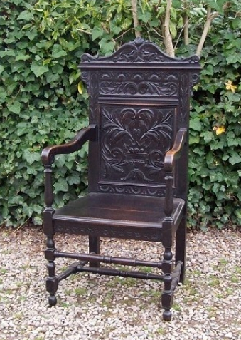 A 19th Century Oak Wainscot Chair