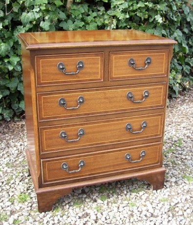 Mahogany Chest of Drawers -SOLD-