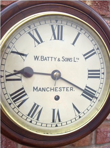 8 Day W.Batty & Sons Ltd (Manchester) -SOLD-