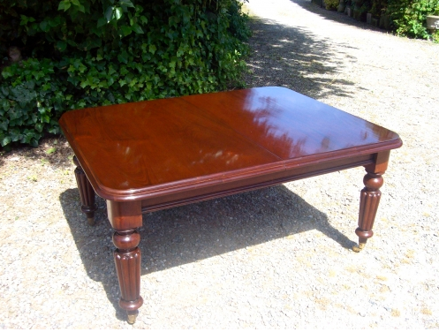 10 Seat Mahogany Table -SOLD-
