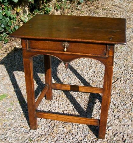 William III & Mary II Oak Lowboy